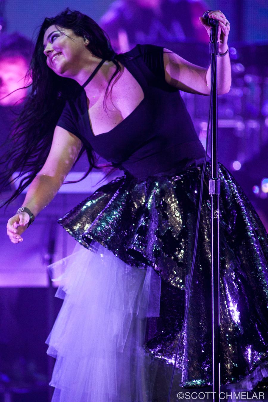 Evanescence charlotte 2018
